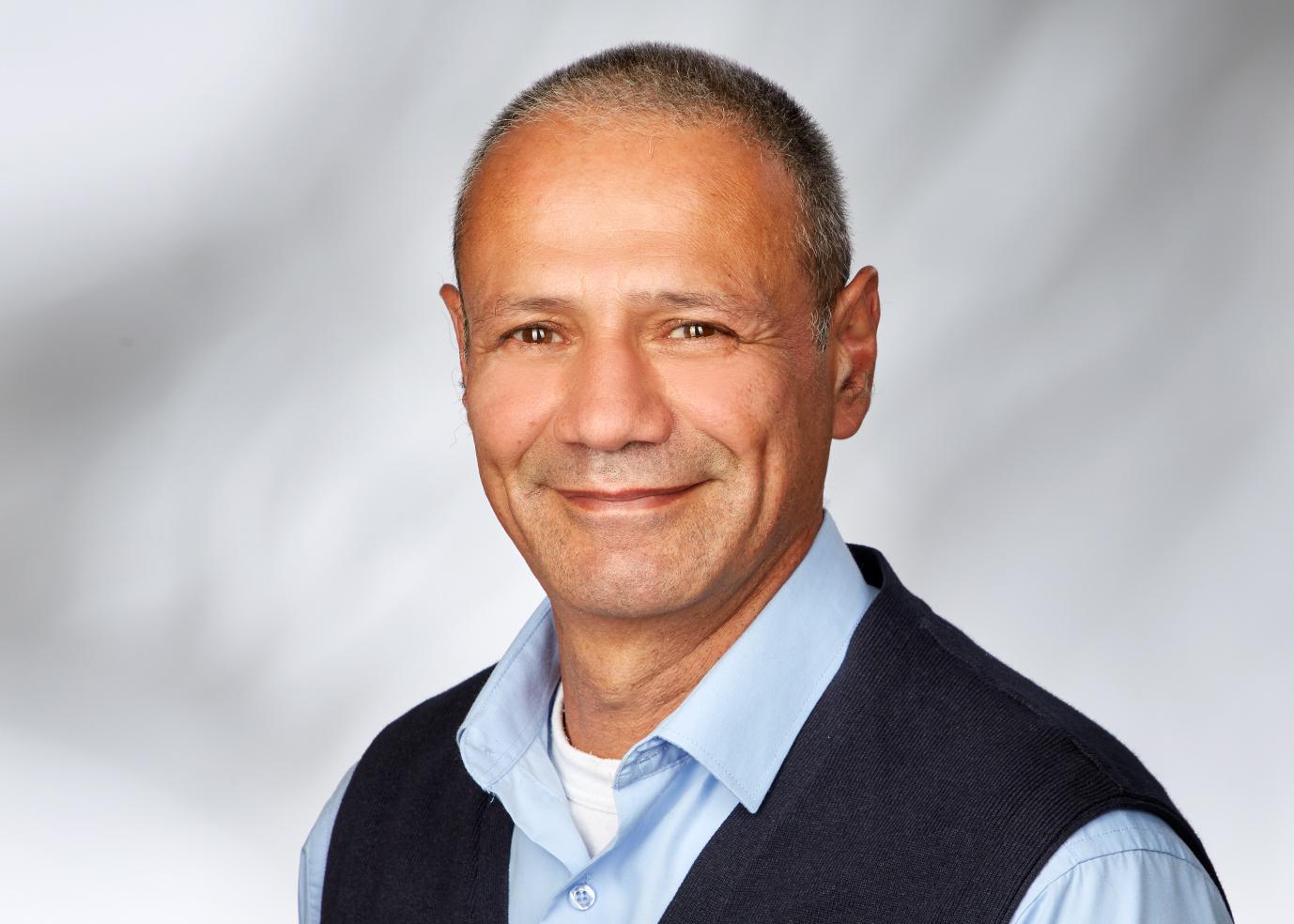 Alberto Mansour